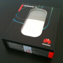 Die Produkt-Box ist recht klein, Käufer haben den Blick auf das Modem frei.