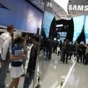Samsung zeigte seine Neuheiten vor allem in der Mitte des Messestandes. Stolz präsentierte das Unternehmen den Edge LED-LCD-TV C9090, der rund acht Millimeter dünn ist. Bild: Netzwelt