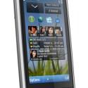 Mit dem Nokia C6 will der finnische Hersteller laut eigenen Angaben ein kompaktes und handliches Smartphone für den Massenmarkt einführen. (Bild: Nokia)