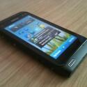 Das Betriebssystem Symbian 3 bietet drei Home-Seiten und ist von Einsteigern leicht erlernbar.
