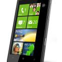 Ein großes 4,3 Zoll Display ist das Markenzeichen des HTC HD7. (Bild: HTC)