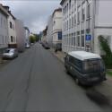 """Auch die Stadt Bielefeld ist nun im Dienst zu sehen. """"Das muss sehr aufwändig für Sie gewesen sein, diese Bilder zu fälschen"""", schrieb ein Nutzer bei Twitter. Die Stadt hatte erfolglos versucht Google alle Aufnahmen zu verbieten. (Bild: Screenshot)"""