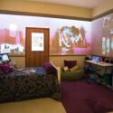 Im Kinderzimmer ist jede Wand ein Touchscreen. (Bild: Microsoft)