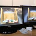 Auch eine Lösung: Muvi3D klebt eine Rasterfolie auf einen 3D-Bildschirm und verbessert so das Bild für den Betrachter ohne Brille.