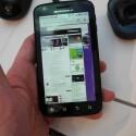 Im Inneren des Androiden werkelt aber ein Dual Core-Prozessor. (Bild: netzwelt)