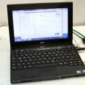 Dell Latitude 2120 - Zehn Zoll großes Netbook mit typischer Intel-Hardware und Touchscreen-Option.