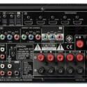 An die sieben Endstufen des Receivers kann man bis zu elf unterschiedlich platzierte Lautsprecher anschließen, also auch die neuartigen Höhen- und Breitenboxen. Deshalb hat der Denon auch die neuen Tonformate Audyssey DSX und ProLogic IIz an Bord. (Bild: netzwelt)