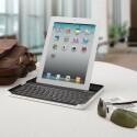 Das Keyboard Case wurde in Zusammenarbeit mit ZAGG für das iPad 2 entwickelt. (Bild: Logitech)