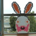 Der Playboy-Hase einmal anders ... (Bild: POST'IT WAR)
