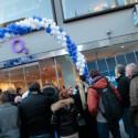 Nicht nur Apple Stores wurden belagert, sondern auch Geschäfte von Netzbetreibern wie hier in München. (Bild: O2)