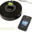 Die Audiokopplung funktioniert ausschließlich via Bluetooth. Der Docking-Anschluss dient der Aufladung. (Bild: netzwelt)