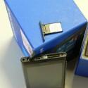 Für das Nokia Lumia 800 wird eine Micro-SIM-Karte benötigt. (Bild: netzwelt)