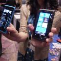 Das Design des Lumia 900 (links) ähnelt weitesgehend dem des Lumia 800 (rechts). (Bild: netzwelt)