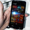 Das Display des Fujitsu Arrows F07D ist vier Zoll groß. (Bild: netzwelt)