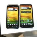 Das HTC One S (links) und das HTC One X (rechts) im Größenvergleich. (Bild: netzwelt)
