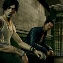 Im Gefängnis trifft Undercover-Cop Wei Shen einen alten Freund. (Bild: Square Enix)