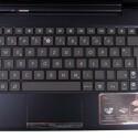 Die Tastatur ist ähnlich groß wie bei einem Netbook und verfügt über Android-Sondertasten. Mit ihr lässt sich deutlich besser schreiben, als auf dem Touchscreen. (Bild: netzwelt)