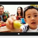 10,6 Zoll ist der Bildschirm beider Modelle groß. (Bild: Microsoft)