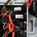 Ein Blick auf die eingebauten Festplatten - 1x SSD und 2x HDD. (Bild: netzwelt)