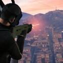 Auch aus Hubschraubern darf geschossen werden. (Bild: Rockstar Games)