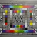 Zimmerbeleuchtung ein, Blitzlicht aus: ISO 100, Blende 3.2, 1/13 Sekunde - 25 Millimeter. (Aus technischen Gründen auf 4000 Pixel Breite verkleinert, Bild: netzwelt)