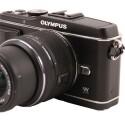 Der Live-MOS-Sensor mit seinen 12,3 Megapixeln verfügt über eine etwas kleinere Fläche als die Chips von DSLR-Kameras. (Bild: netzwelt)