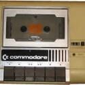 Mit der Datasette VC1530 wurden Daten nur schleppend abgerufen. (Bild: c64-wiki.de)