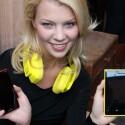 Das Nokia Lumia 820 ist ein Ableger des Flaggschiffmodells Nokia Lumia 920. (Bild: netzwelt)