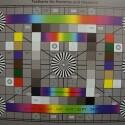 Zimmerbeleuchtung ein, Blitzlicht aus: ISO 200, Blende 4.0, 1/25 Sekunde - 18 Millimeter. (Aus technischen Gründen auf 4000 Pixel Breite verkleinert, Bild: netzwelt)
