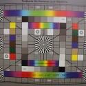 Zimmerbeleuchtung ein, Blitzlicht aus: ISO 16.000, Blende 9.0, 1/400 Sekunde - 18 Millimeter. (Aus technischen Gründen auf 4000 Pixel Breite verkleinert, Bild: netzwelt)