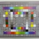 Zimmerbeleuchtung ein, Blitzlicht aus: ISO 100, Blende 3.3, 1/8 Sekunde - 28 Millimeter. (Bild: netzwelt)