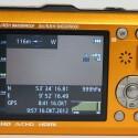 Welche Informationen auf dem Display erscheinen legt der Nutzer fest- Hier sind die GPS-Koordinaten, der Luftdruck, die Höhenmeter und der Kompass zu sehen. (Bild: netzwelt) (Bild: netzwelt)