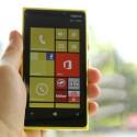 Als Betriebssystem kommt Windows Phone 8 zum Einsatz. (Bild: netzwelt)