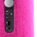 LED für den Akku-Ladezustand, PlayDirect-Button, AirPlay-Diode, USB-Anschluss, AUX-Audioeingang am Libratone Zipp. (Bild: netzwelt)