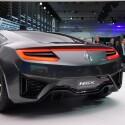 Unter der Haube verspricht ein V6-Mittelmotor im Zusammenspiel mit zwei Elektro-Motoren für Fahrspaß. (Bild: netzwelt)