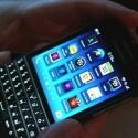 Das neue Handy-OS BlackBerry 10 und die erhältlichen Apps werden aktuell noch an das kleinere Display angepasst. (Bild: netzwelt)