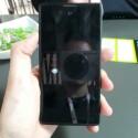 Das Yota Phone ist 4,3 Zoll groß. (Bild: netzwelt)