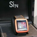 Auf der CeBIT war nur ein Prototyp der Uhr zu sehen. (Bild: netzwelt)