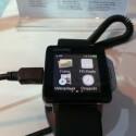Die Uhr von Pearl soll den Einsatz eines Smartphones ersetzen. (Bild: netzwelt)