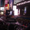 Parallel zur Präsentation in der Radio City Music Hall veranstaltete Samsung eine Party auf dem Times Square. (Bild: netzwelt)