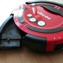 Der Auffangbehälter des Roboters fällt mit 250 ml recht klein aus. (Bild: netzwelt)