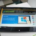 Hier ist das R7 im Tablet-Modus. Für einen Tablet-Computer wiegt das Gerät mit über zwei Kilogramm jedoch sehr viel. (Bild: netzwelt)