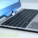Der elf Zoll große Touchscreen wird von einem Einzel-Scharnier gehalten. (Bild: netzwelt)