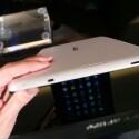 Das Tablet bietet eine USB- und HDMI-Schnittstelle. (Bild: netzwelt)
