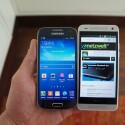 Größenvergleich mit dem Samsung Galaxy S4 Mini (links) (Bild: netzwelt)