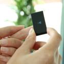 Legt der Nutzer einen Finger auf die Rückseite des Trackers, wird der Puls in Schlägen pro Minute (bpm) angezeigt. (Bild: netzwelt)