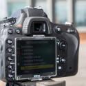 Das Display der Nikon D600 misst 3,2 Zoll und wird durch eine Plastikabdeckung geschützt. (Bild: netzwelt)