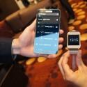 In Verbindung mit einem Smartphone wie dem Galaxy Note 3 lässt sich nicht nur die Optik ändern. (Bild: netzwelt)