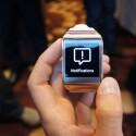 E-Mails und eingehende Anrufe werden auf dem Mini-Display angezeigt. (Bild: netzwelt)