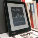 Im Vergleich zu seinem Vorgänger Aura HD fällt der eBook Reader kleiner aus. (Bild: netzwelt)